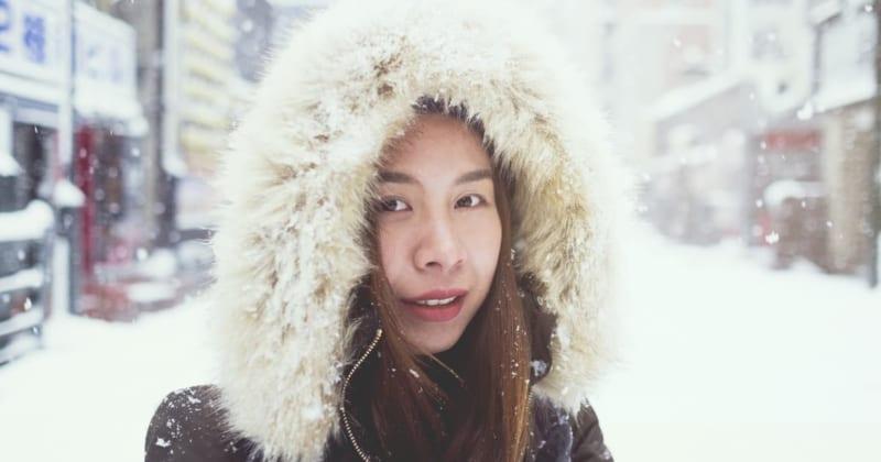 冬の北海道旅行に着ていく服装は?男女別コーディネートのポイント