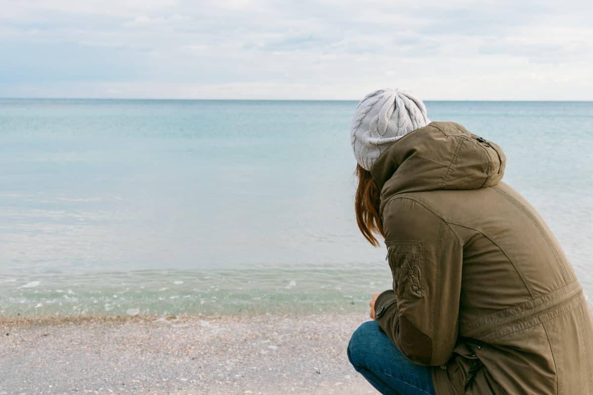 冬の沖縄県旅行、女性のコーディネートポイント