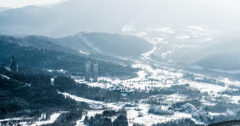 スキーだけじゃない!冬のトマムを満喫できる星野リゾートトマムツアー