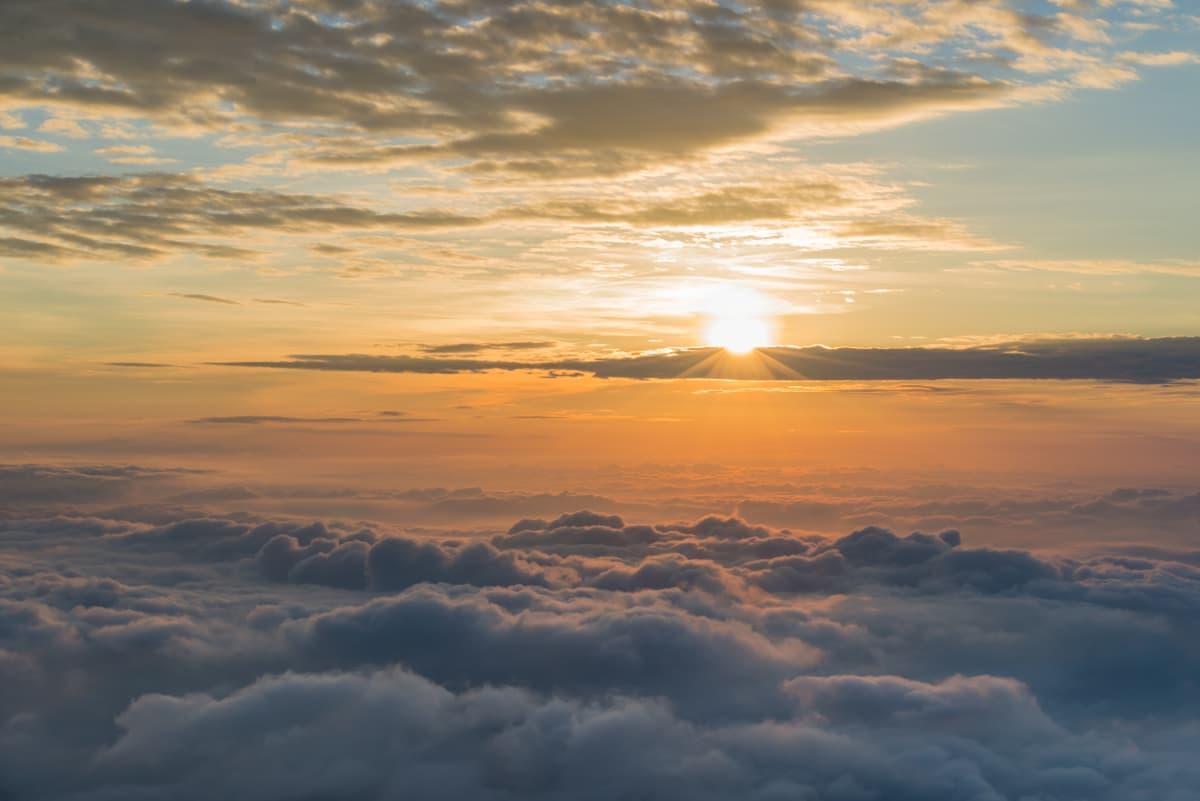 条件がそろわなければ見られない奇跡の雲海