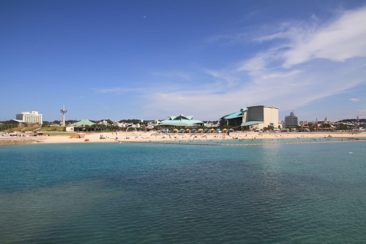 宜野湾の定番「ぎのわんトロピカルビーチ」