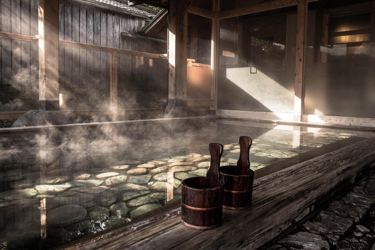 日本三名泉(日本三名湯)とは?