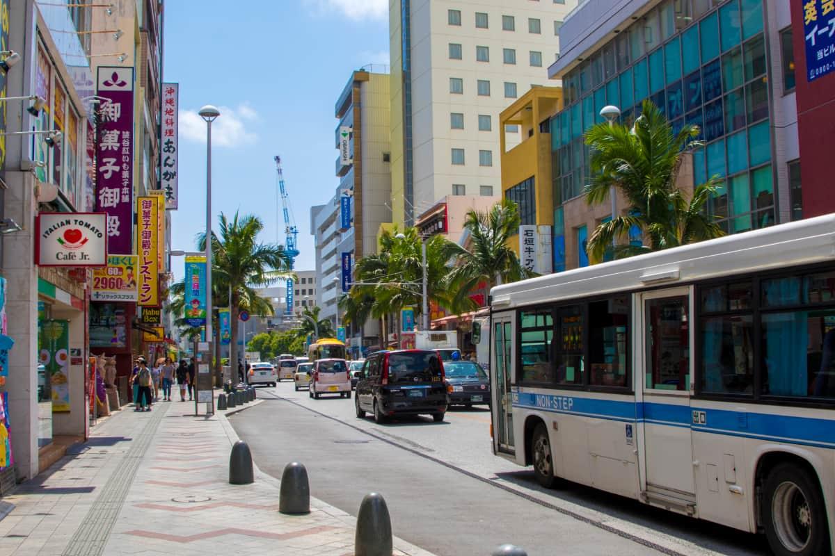 沖縄といえば国際通り!観光の秘訣とは?