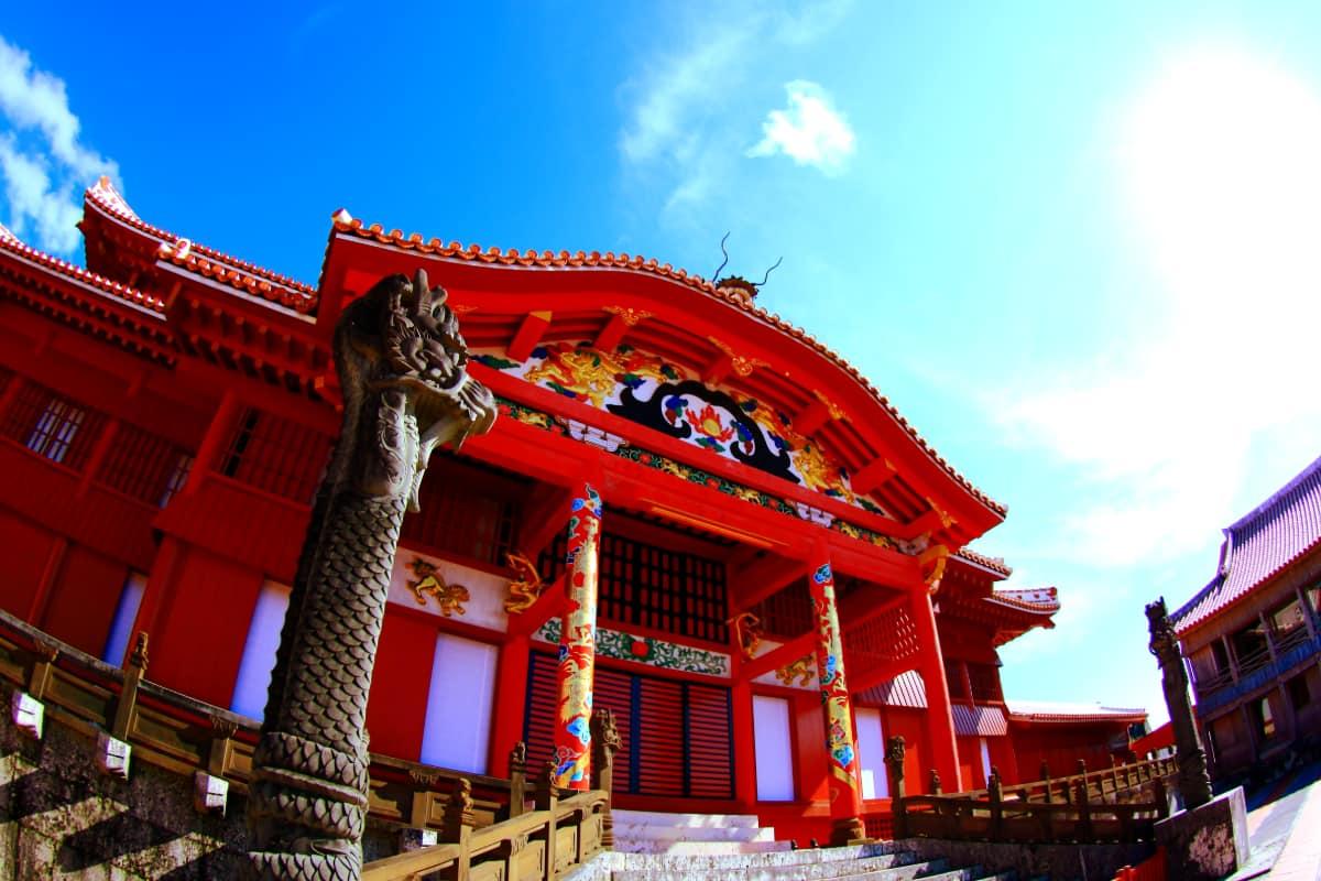 沖縄のシンボル「首里城」の魅力